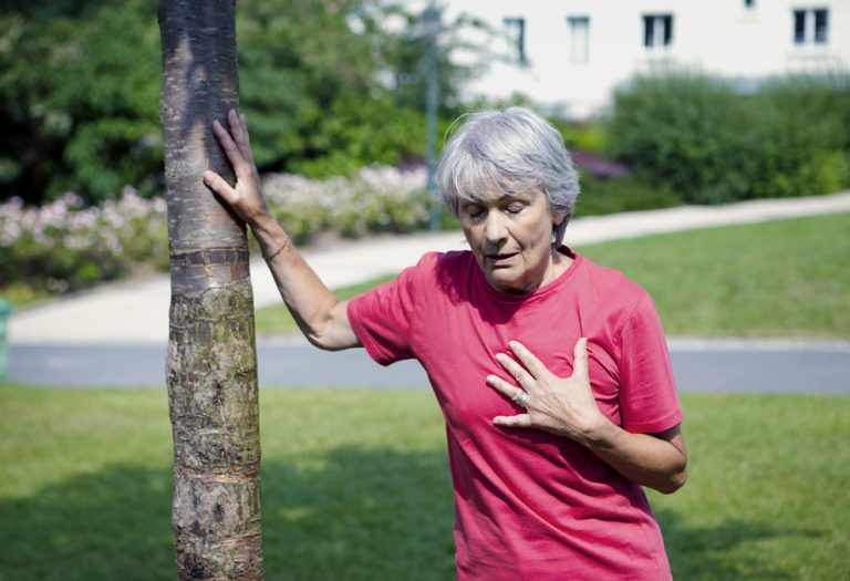 5 significant signs of heart attack in women